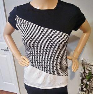 Stunning white/black shirt